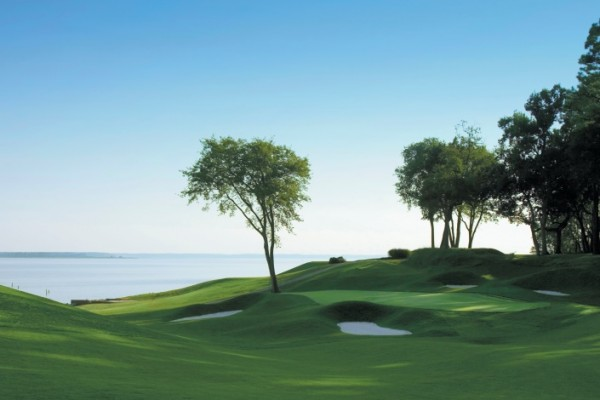 Williamsburg Golf Package with Kingsmill River Course