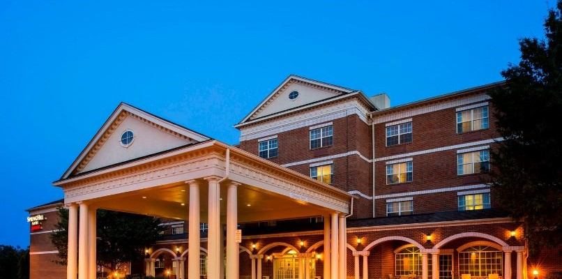 Spring Hill Suites Hotel Exterior