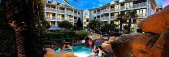 Turtle Cay Resort courtyard