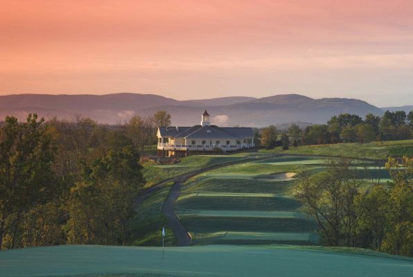 1st tee at Blue Ridge Shadows Golf Club