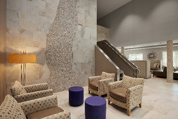 Comfort Inn Williamsburg Lobby