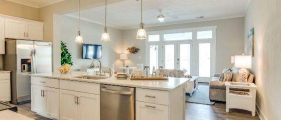Condo Kitchen in Virginia Beach
