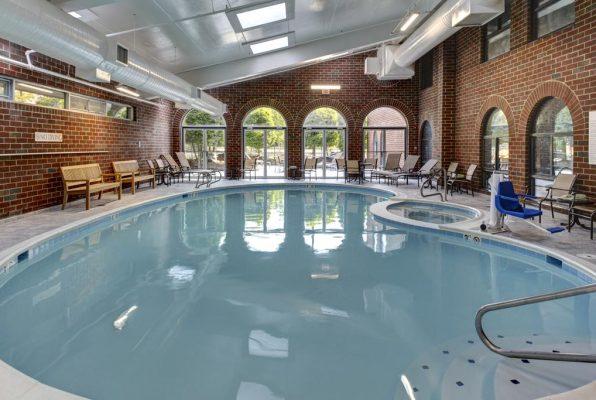 Pool at Embassy Suites Williamsburg